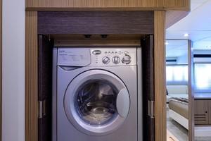 Absolute 52 KNOT ZEN - Washer & Dryer