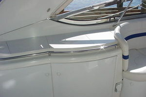 40' Formula 400 SS BLUE HULL DIESEL 2005 Wet Bar with Ice Maker