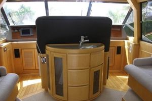 60' Bertram Enclosed Flybridge 1997 Flybridge Wet Bar