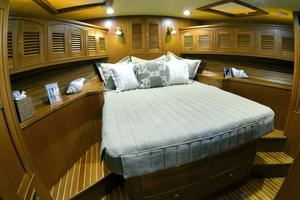 62' Marlow 62E 2018 VIP Bedroom
