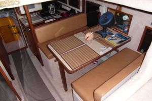 40' Bertram 40 1995 1995 Sportfish Dining From Salon