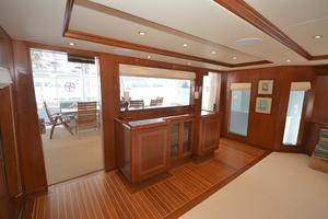 114' Hatteras Raised Pilothouse My 1996 Main Salon