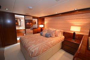 114' Hatteras Raised Pilothouse My 1996 GuestStateroom