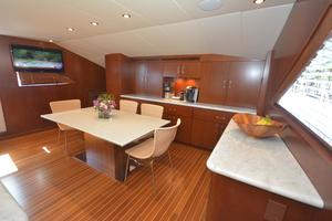 114' Hatteras Raised Pilothouse My 1996 Galley Dinette