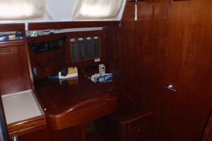 52' Beneteau 523 (owners version) 2005 Chart Table