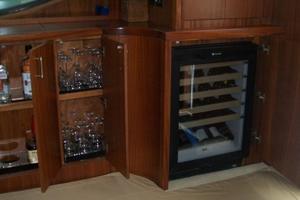 68' Hatteras 68GT 2009 Wine Cooler