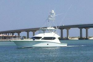 68' Hatteras 68gt 2009 Profile Port Aft View