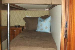 68' Hatteras 68gt 2009 Pullman Berth Lower Bunk
