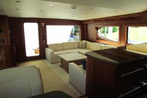 68' Hatteras 68gt 2009 Salon Aft View