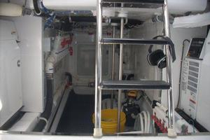 68' Hatteras 68gt 2009 Engine Room Aft View