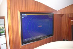 68' Hatteras 68gt 2009 Galley TV