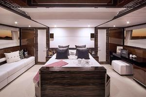 87' Cheoy Lee Alpha Express Sportbridge 2014 Master Suite