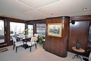 118' Broward Raised Pilothouse My 1995 Dining Area, Port