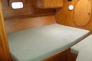 60' Auzepy Brenneur Sloop 2008 Auzepy Brenneur Sloop - Owner Stateroom Bed