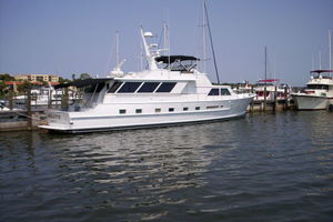 80' Broward Raised Pilothouse 1980 Very Nice!