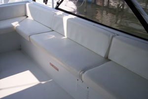 80' Broward Raised Pilothouse 1980 Fly Bridge Seating