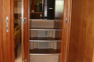 47' Riviera Flybridge 2006 Companionway looking aft