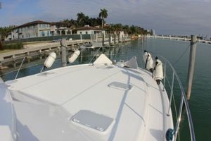 47' Riviera Flybridge 2006 Bow