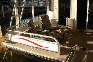 100' Fantasy 100 Wide Body 2006 Fantasy100ForwardDeckSeatingtoPort