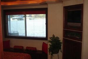 100' Fantasy 100 Wide Body 2006 Fantasy 100 Master Stateroom Facing to Starboard