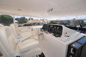 85' Pacific Mariner Flushdeck My 2007 Flybridge Helm