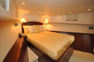 85' Pacific Mariner Flushdeck My 2007 VIP Stateroom, Forward
