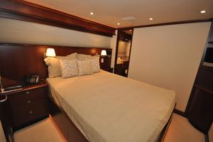 85' Pacific Mariner Flushdeck My 2007 QueenGuestStateroom