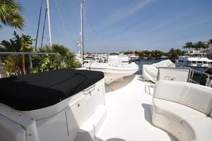 85' Pacific Mariner Flushdeck My 2007 Flybridge Jacuzzi
