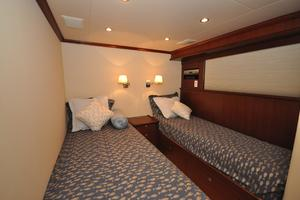 85' Pacific Mariner Flushdeck My 2007 Twin Guest Stateroom