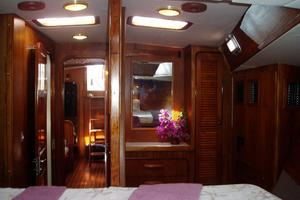 60' Gulfstar Mark 1 1982 Forward cabin looking aft