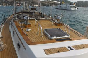 60' Gulfstar Mark 1 1982 Teak Decks
