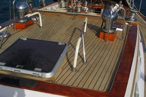 60' Gulfstar Mark 1 1982 SUDIKI decks