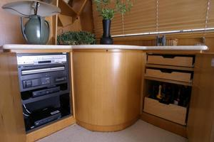58' West Bay SonShip 58 1998 Salon Stereo Components & Liquor Cabinet