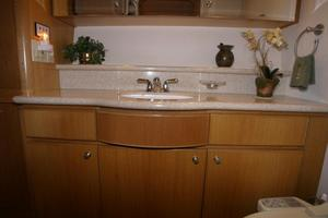 58' West Bay Sonship 58 1998 Master Stateroom Head - Vanity