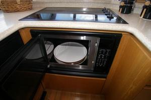 58' West Bay SonShip 58 1998 Galley Stove & Oven