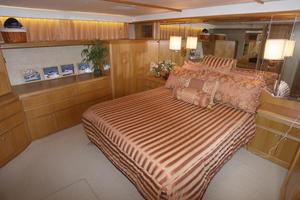 58' West Bay SonShip 58 1998 Master Stateroom View