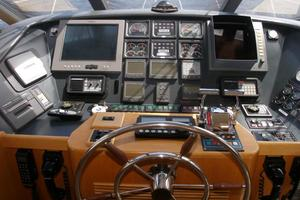 58' West Bay SonShip 58 1998 Pilothouse Electronics & Engine Controls