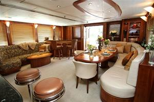 95' Explorer Expedition Yacht 2005 Main Salon