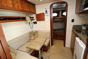 95' Explorer Expedition Yacht 2005 Crew lounge