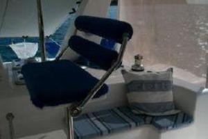 50' Voyage 500 2010 Custom helm seat