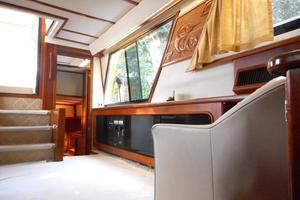 42' Carver 4207 1988 1988 Carver 4207 Aft Cabin Motor Yacht aft port