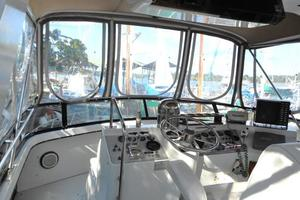 42' Carver 4207 1988 1988 Carver 4207 Aft Cabin Motor Yacht flybridge view