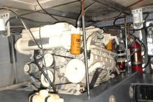 42' Carver 4207 1988 1988 Carver 4207 Aft Cabin Motor Yacht starboard engine