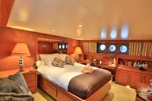 122' CRN 1978/2012 122ft Tri Deck Yacht 1978 MASTER STATEROOM