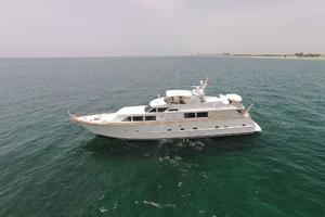 92' Broward Raised Pilothouse Motor Yacht 1988 Profile port
