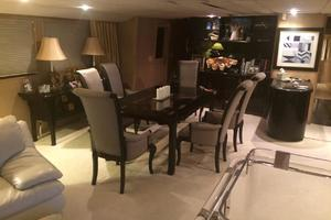 92' Broward Raised Pilothouse Motor Yacht 1988 Salon dining area