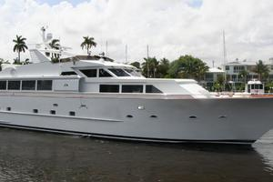 92' Broward Raised Pilothouse Motor Yacht 1988 Profile II