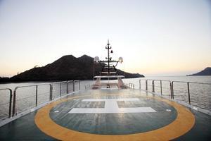 180' HYS Yachts  2011