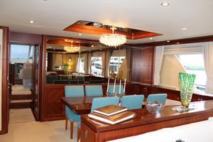 90' Ocean Alexander Sky Lounge 2013