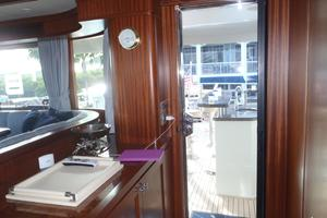 90' Ocean Alexander Sky Lounge 2013 Skylounge